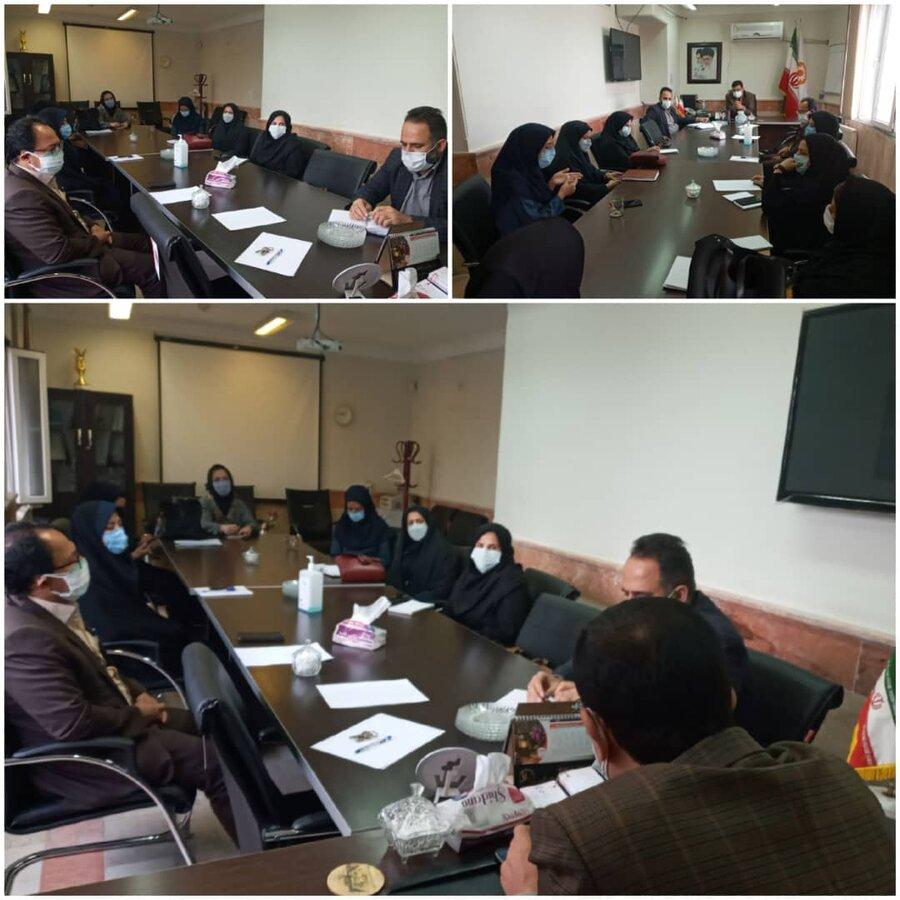 نظرآباد | نشست رئیس بهزیستی نظرآباد و مسئولین مراکز مثبت زندگی