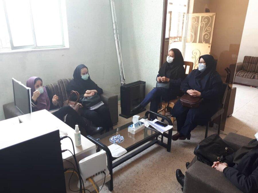 معاون دفتر توانمندسازی خانواده و زنان بهزیستی کشور از مراکز مثبت زندگی استان البرز بازدید کرد
