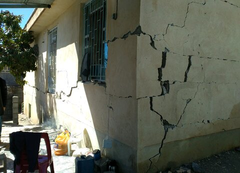 ۲۰ میلیون تومان کمک بلاعوض برای تعمیر و نوسازی منازل مددجویان / واریز کمک هزینه معیشتی برای خانواده های درگیر زلزله