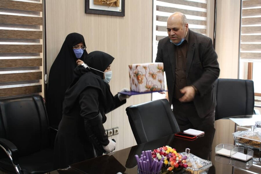 شهر تهران  از کارکنان فعال در اقامه نماز اول وقتتقدیر شد