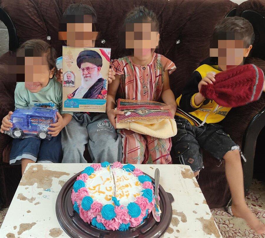 سرخس | جشن تولد برای فرزندان خانوادههای بهزیستی با عطر حاج قاسم سلیمانی