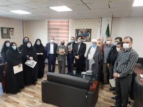 گزارش تصویری | از کارکنان فعّال در امر اقامه نماز تجلیل شد