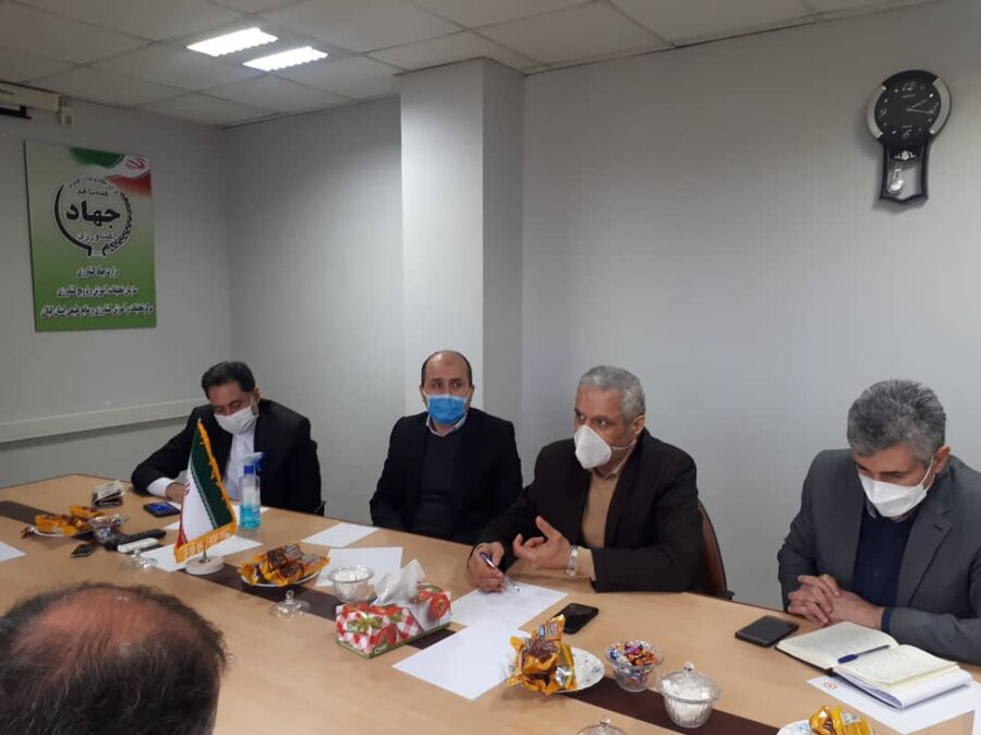 برگزاری نشست مشترک اداره کل بهزیستی گیلان با مرکز تحقیقات کشاورزی و منابع طبیعی استان