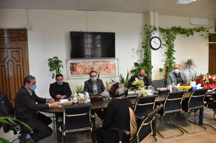 پاکدشت| ملاقات مردمی رئیس بهزیستی با مددجویان در دفتر فرماندار