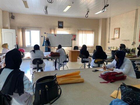 برگزاری دوره های مهارت آموزی فنی و حرفه ای در بین مددجویان تحت پوشش