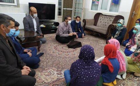 مدیر کل امور کودکان و نوجوانان سازمان بهزیستی کشور میهمان خانههای کودک و نوجوان استان اصفهان