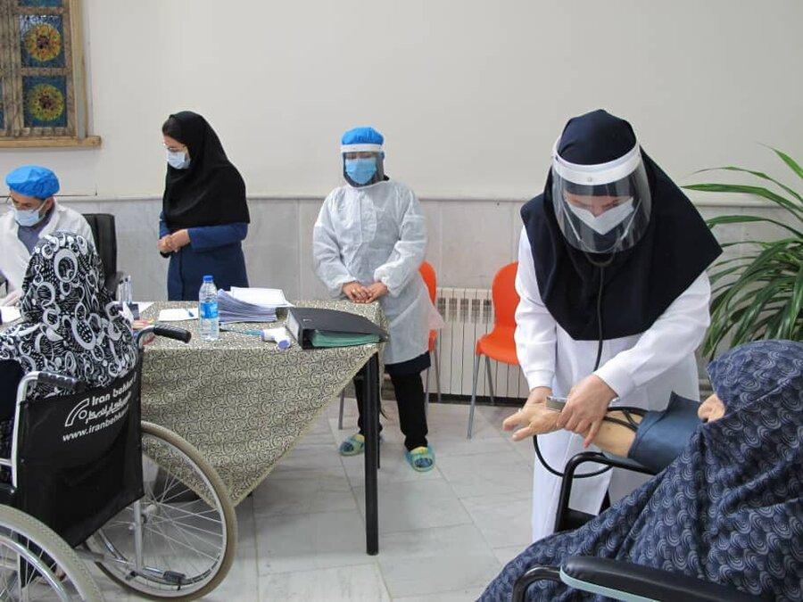 گزارش تصویری 3 | واکسیناسیون سالمندان علیه کرونا در مراکز بهزیستی خراسان رضوی