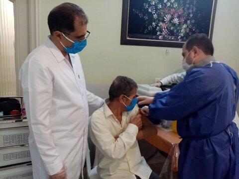 واکسیناسیون سالمندان خراسان رضوی