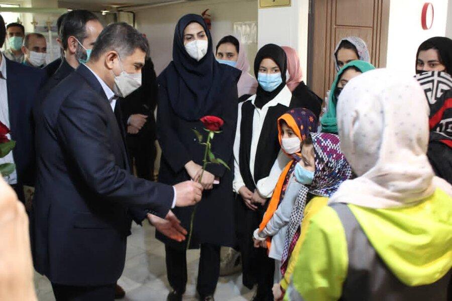 فرزندان بهزیستی سال نو را در کنار استاندار و نمایندگان مجلس شورای اسلامی جشن گرفتند