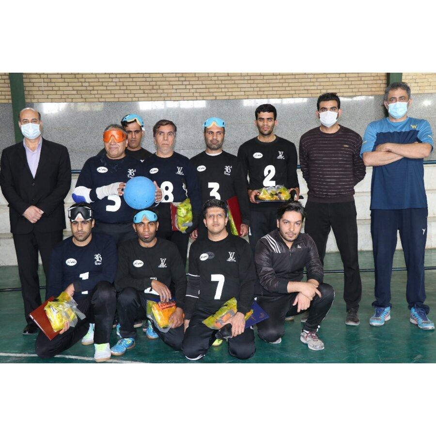 بازدید ریس هیات ورزشهای نابینایان و کم بینایان از تمرینات تیم گلبال کرمان