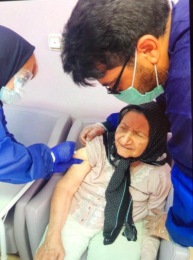مرحله اول واکسیناسیون سالمندان آغاز شد