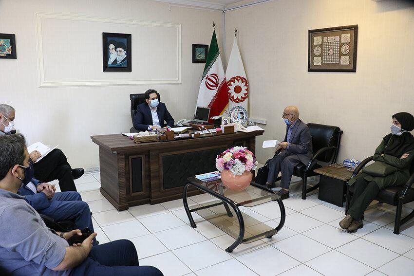 نشست مدیرکل بهزیستی گیلان با مسئولین مراکز شبانه روزی بیماران روانی مزمن