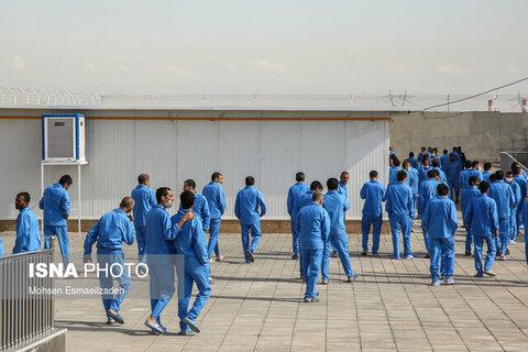 در رسانه | نگهداری از ۴۰۰۰ معتاد متجاهر در مراکز ترک اعتیاد خراسان رضوی