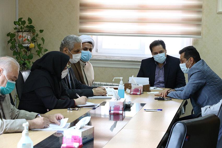 نشست مدیرکل بهزیستی گیلان با مسئولین مراکز غیردولتی توانبخشی