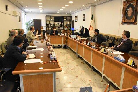 اولین نشست کارگروه اقدام فوقالعاده برای کاهش آسیبهای حاشیه شهر مشهد در بهزیستی خراسان رضوی
