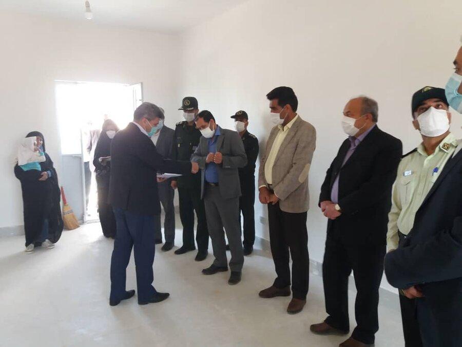 سه واحد مسکن احداثی شهرستان زیرکوه در روستاهای تجنود، بارنجگان و شهر حاجی آباد در قالب تفاهنامه مشترک با قرارگاه خاتم الانبیا تحویل گردید