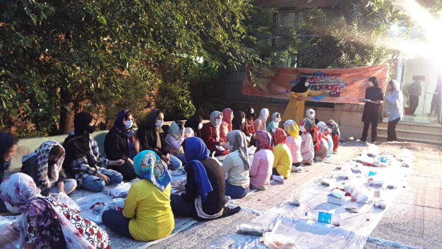 شهر تهران  ضیافت افطاری کودکان دختر بی سرپرست