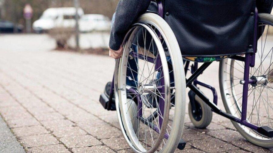 در رسانه  خیر اهل بن چهارمحال و بختیاری هزینه حج را به درمان معلولان اختصاص داد