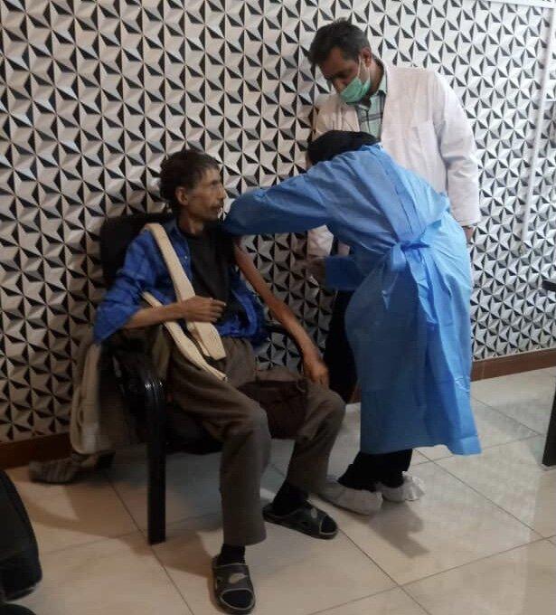 ملارد| تزریق مرحله دوم واکسن کرونا در مراکز سالمندان شهرستان