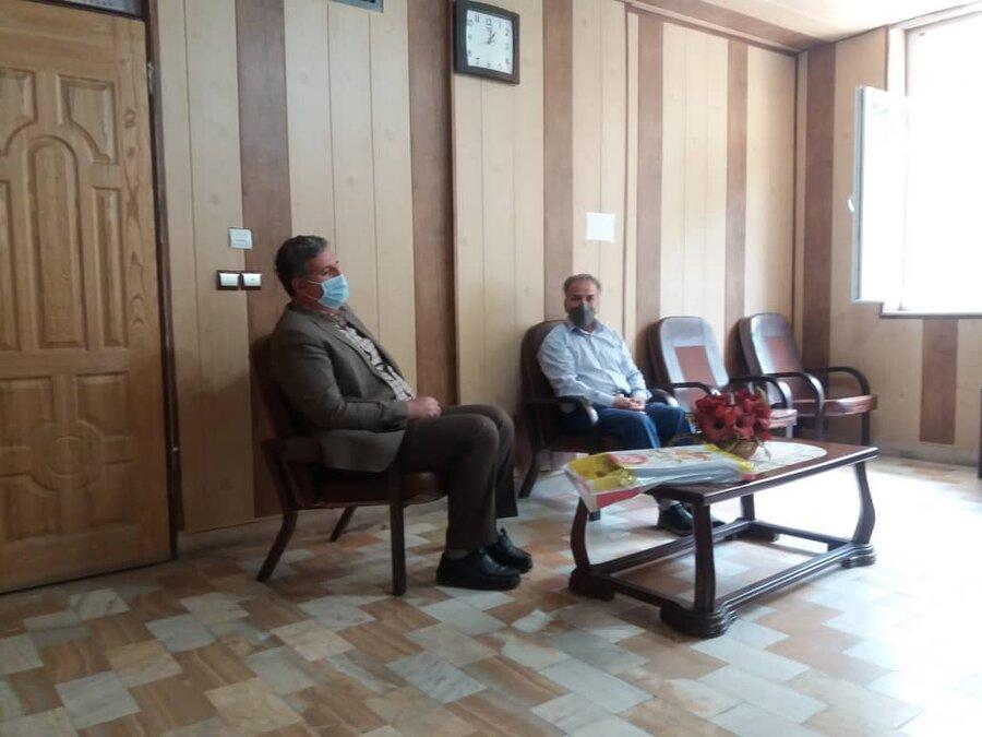 ملایر| نشست و هم اندیشی در جهت پیرامون ارائه خدمات ومساعدت