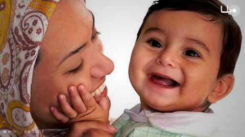 واگذاری ۲۲ فرزند به خانواده جایگزین در سال گذشته توسط بهزیستی استان