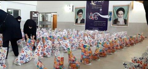 دررسانه|نیکوکار دزفولی ۳۰۰ بسته معیشتی به نیازمندان اهدا کرد