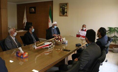 گزارش تصویری دیدار با مدیر عامل هلال احمر استان و تبریک هفته هلال احمر و صلیب سرخ