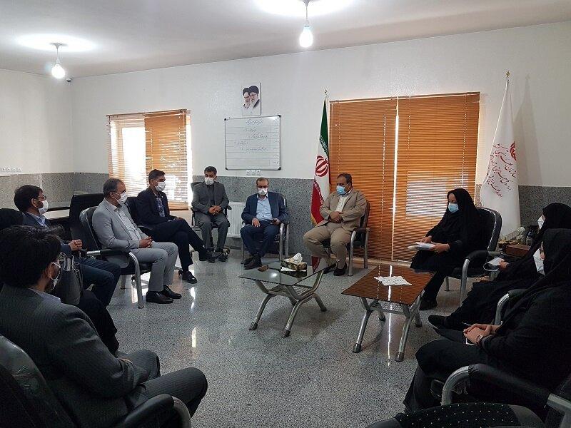 شاهین شهر و میمه| دیدار مدیر کل بهزیستی استان اصفهان با پرسنل بهزیستی شاهین شهر