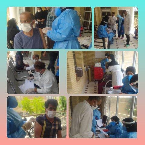 لنجان|توانخواهان سالمند مقیم مراکز شبانه روزی واکسینه شدند