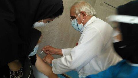 گزارش تصویری| آغاز واکسیناسیون مراکز نگهداری تحت نظارت بهزیستی استان چهارمحال و بختیاری