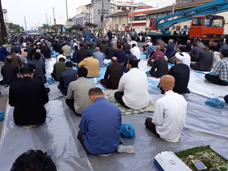 حضور مدیرکل بهزیستی گیلان در نماز عید سعید فطر در مصلی رشت