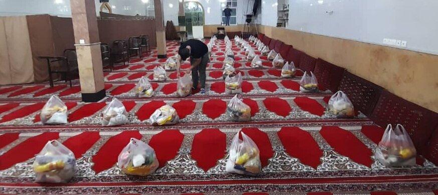 اسلامشهر  اهدا ۵۰۰ بسته معیشتی سبد کالا به مددجویان و توانخواهان