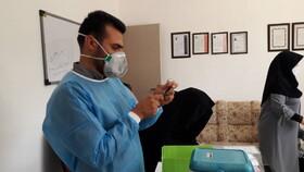 شاهرود | اجرای مرحله اول واکسیناسیون کووید ۱۹ در مرکز شبانه روزی معلولین ذهنی سمیه