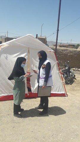 توزیع بیش از 60 چادرمیان زلزله زدگان شوقان