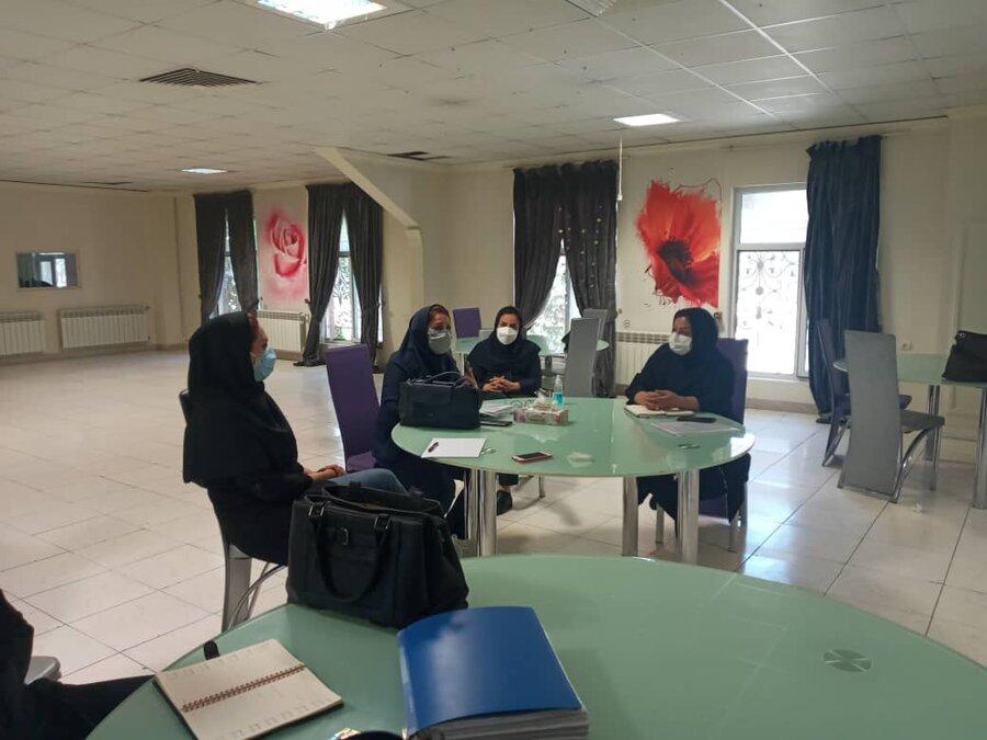 شهریار  برگزاریاولین جلسهکارگروهدفترمراقبتی و توانبخشی غرب استان
