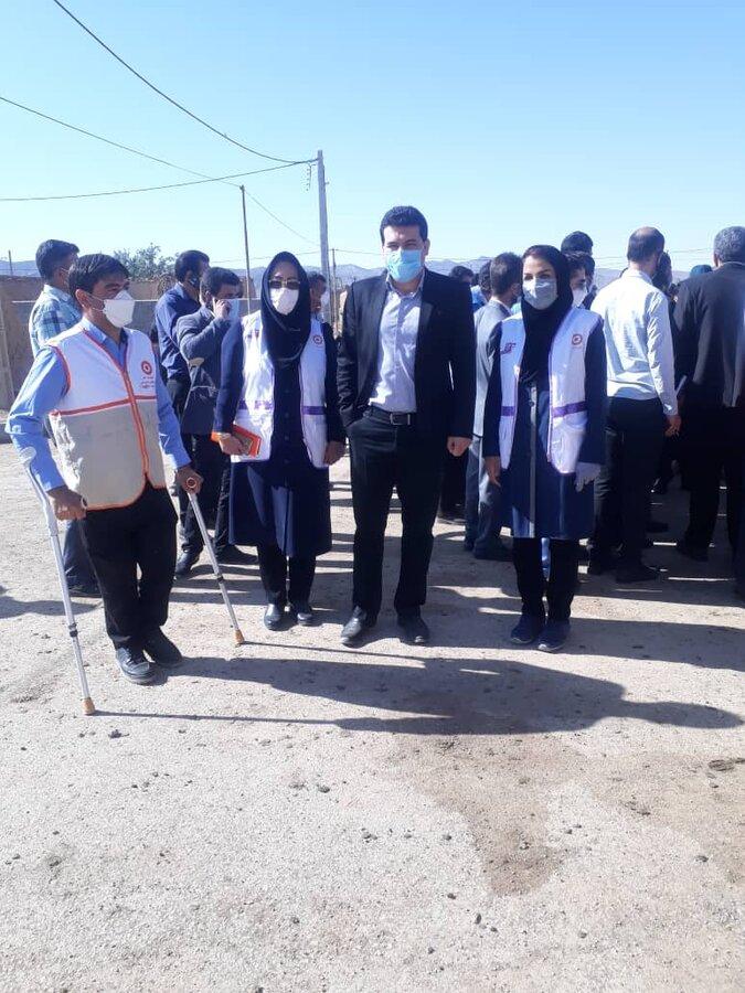 گزارش تصویری از حضور مدیرکل بهزیستی خراسان شمالی در مناطق زلزله زده