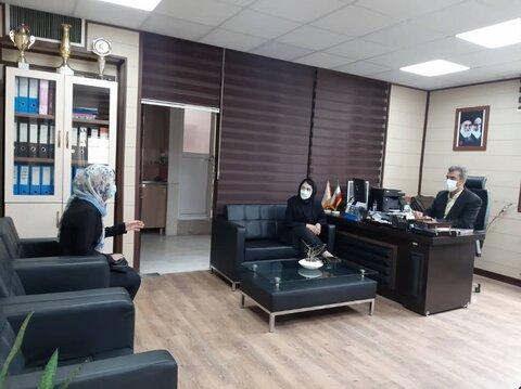 گزارش تصویری |  معاون پشتیبانی بهزیستی البرز به نمایندگی از مدیرکل با متقاضیانِ درخواست ملاقات حضوری دیدار و گفتگو کرد