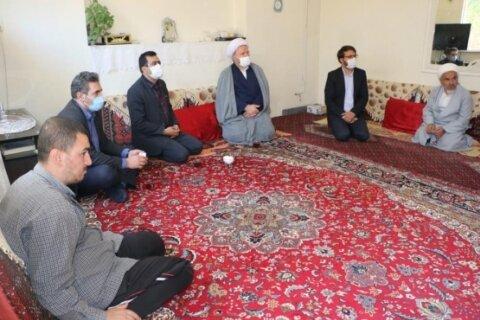 در رسانه   دیدار با روحانیون دارای فرزند معلول با همراهی مدیرکل بهزیستی استان همدان