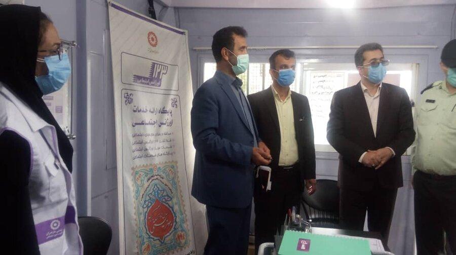 بهشهر| استقرار میز خدمت بهزیستی بهشهر در برنامه محله انقلاب شهرک امام خمینی(ره)