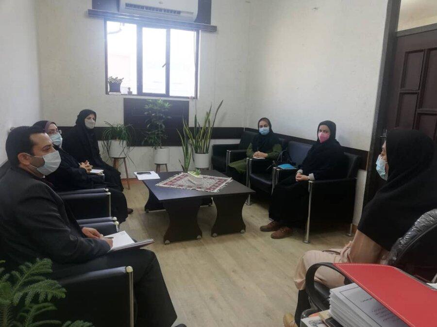نشست هم اندیشی رییس کمیته امداد امام خمینی (ره) با مدیریت بهزیستی شهرستان بوشهر
