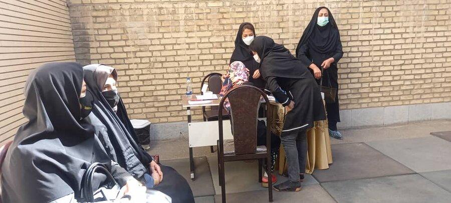 دختران نیلوفر در برابر کرونا واکسینه شدند