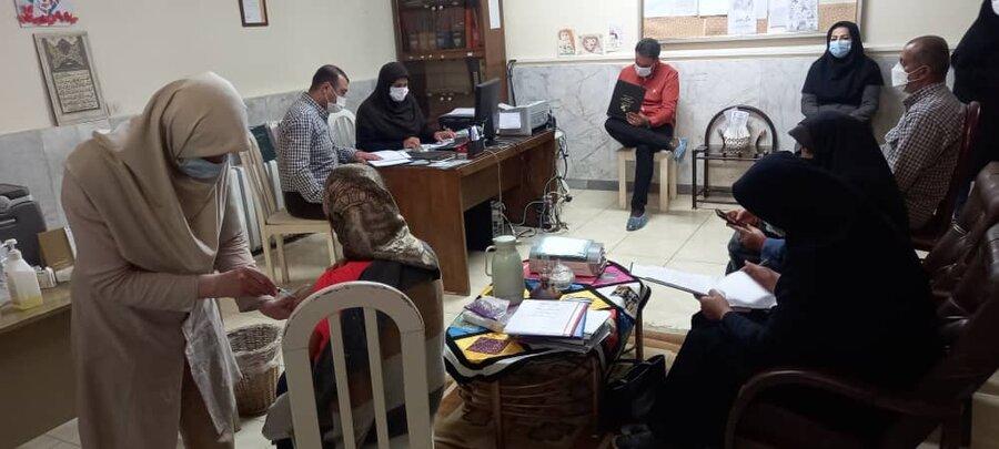 فیروزکوه| دختران نیلوفر در برابر کرونا واکسینه شدند