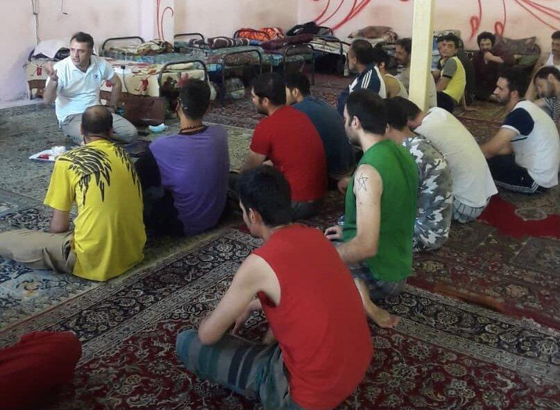 ملارد  برگزاری کارگاه آموزشی مهارتهای زندگی در مراکز اقامتی میان مدت شهرستان