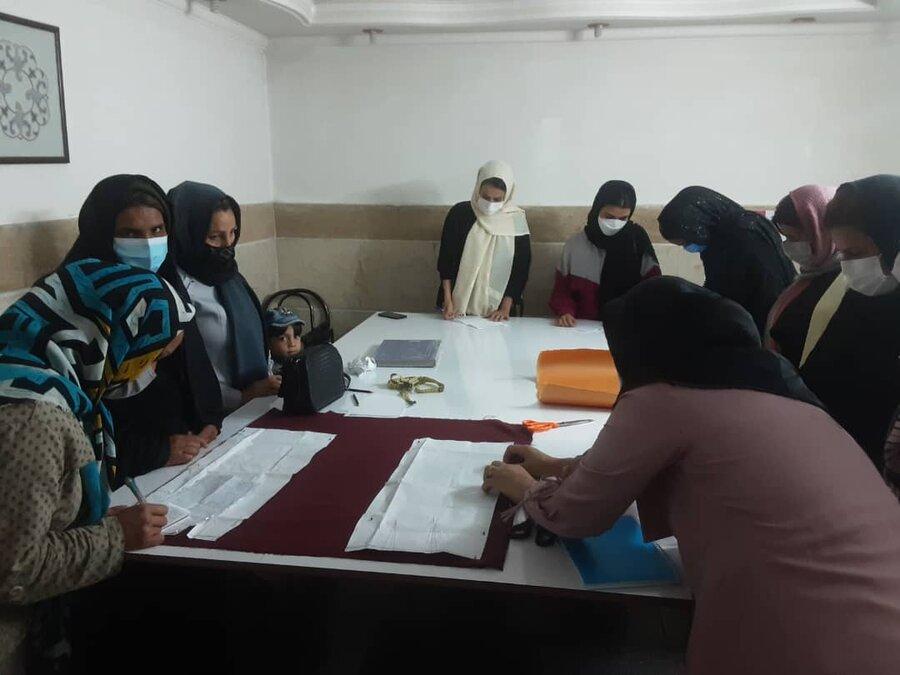 پاکدشت| توانمندسازی زنان سرپرست خانوار یکی از مهمترین برنامههای حمایتی سازمان بهزیستی است