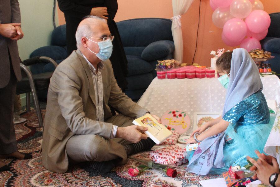 گزارش تصویری  تبریک روز دختر به فرزندان خانه های کودک و نوجوان