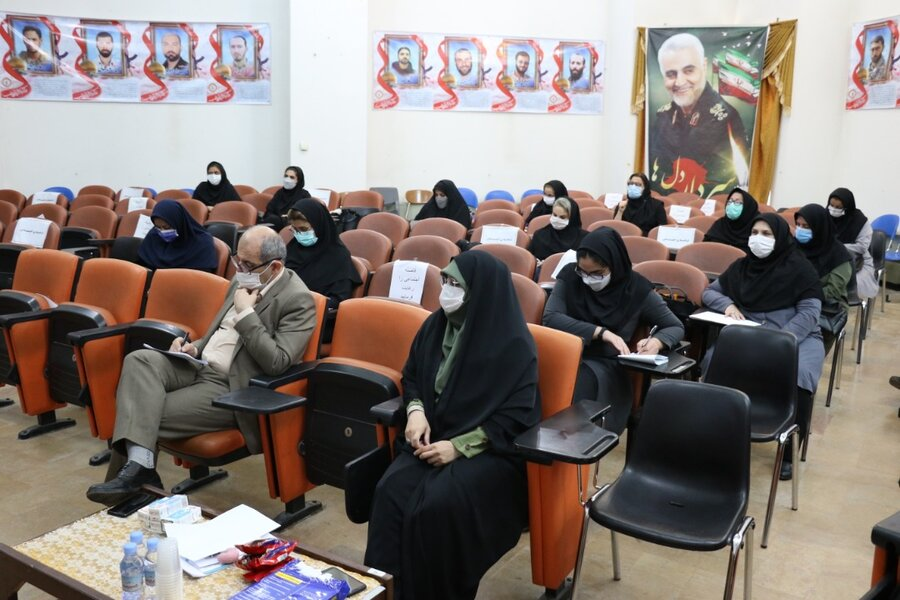 برگزاری نشست آموزشی  و توانمند سازی مربیان مراکز شبانه روزی امور اجتماعی و پیشگیری