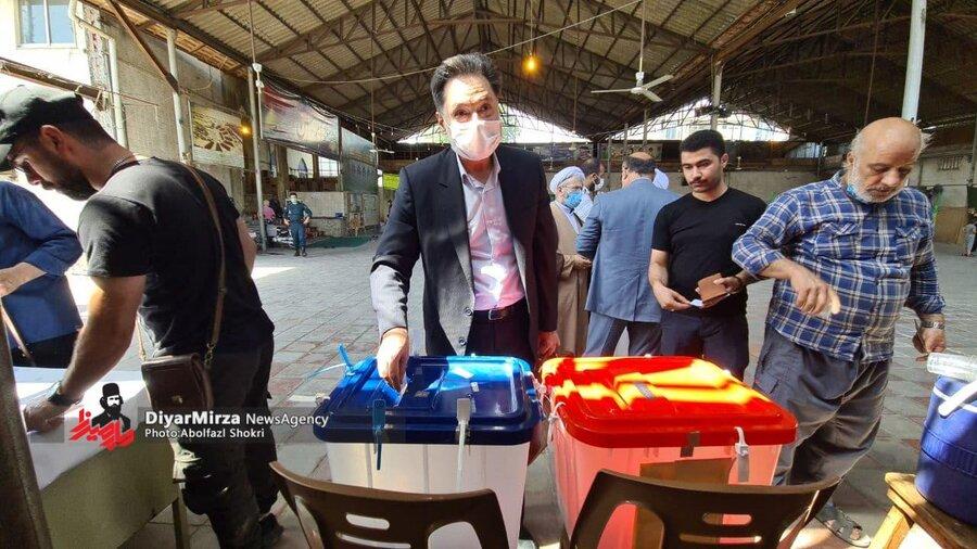 حضور مدیر کل بهزیستی گیلان ، پای صندوق رای در انتخابات ریاست جمهوری و شورای شهر