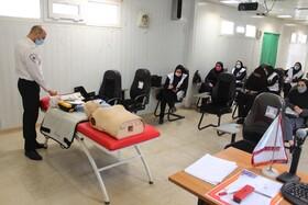 کارگاه آموزشی کمک های اولیه ویژه کارشناسان اورژانس اجتماعی برگزار شد