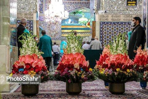 گزارش تصویری | گل آرایی بارگاه منور رضوی در شب میلاد حضرت رضا(ع)