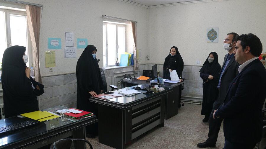 بازدید مدیر کل بهزیستی از مجموعه مراکز آسیبهای اجتماعی استان قم